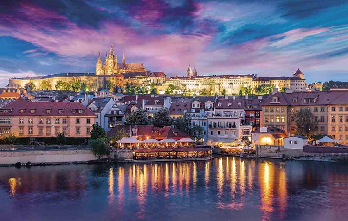 Los castillos más impresionantes de Europa para visitar en Navidad 2