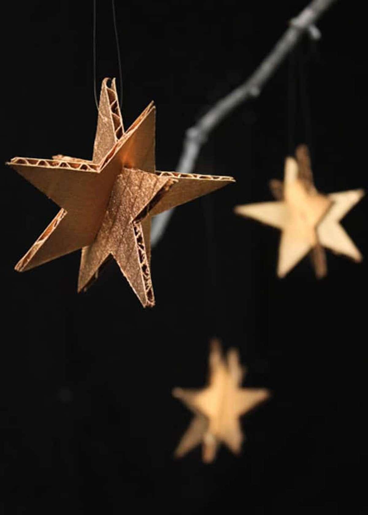 6 Adornos navideños con materiales reciclados 5