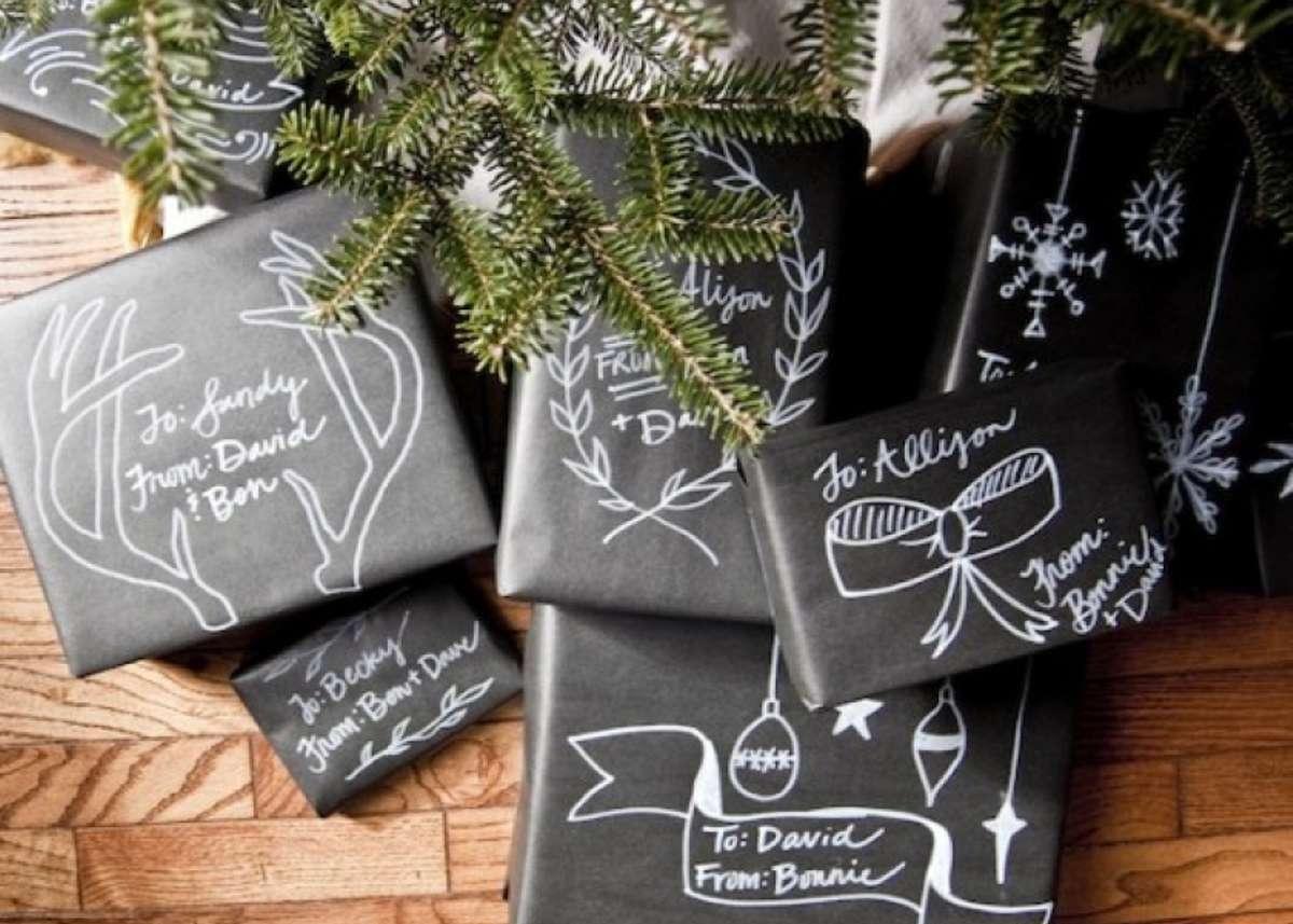 Originales ideas para decorar y envolver los regalos navideños 11