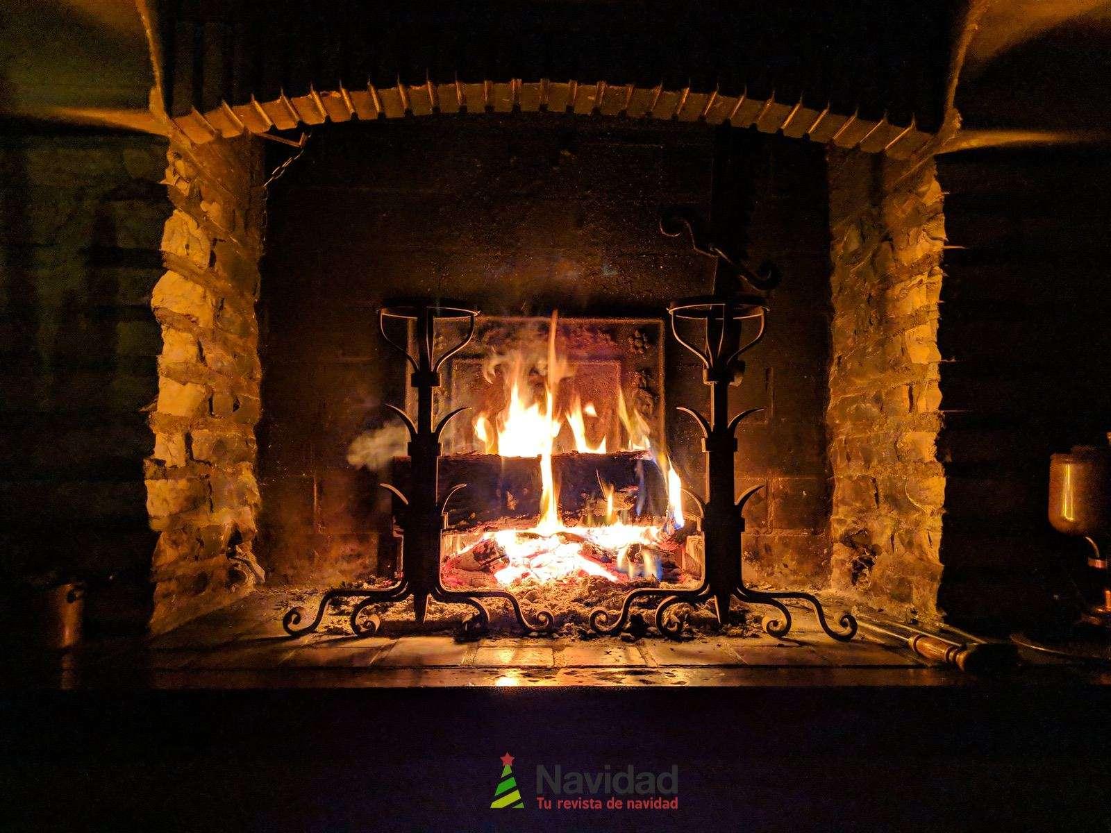 Chimeneas de Navidad para decorar y dar calor en fiestas 58