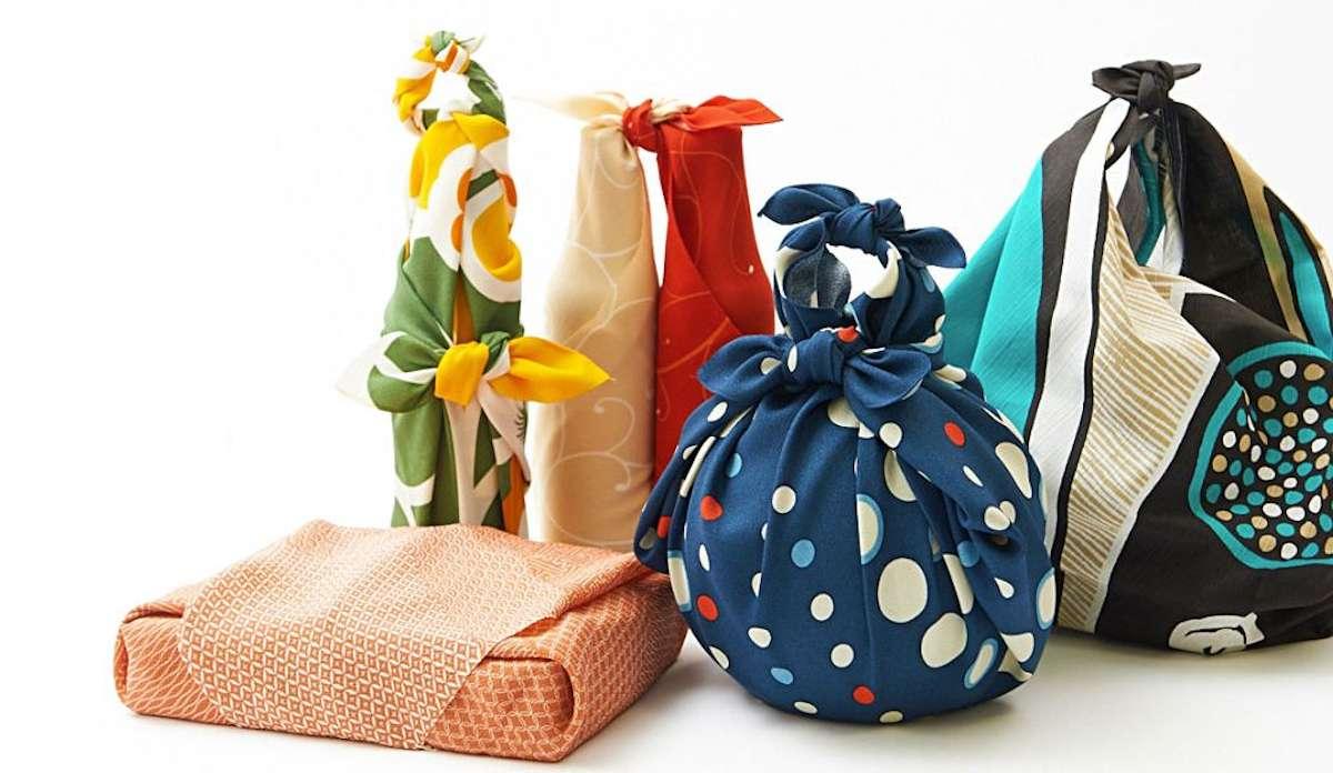 Diferentes maneras de envolver regalos con Furoshiki 2