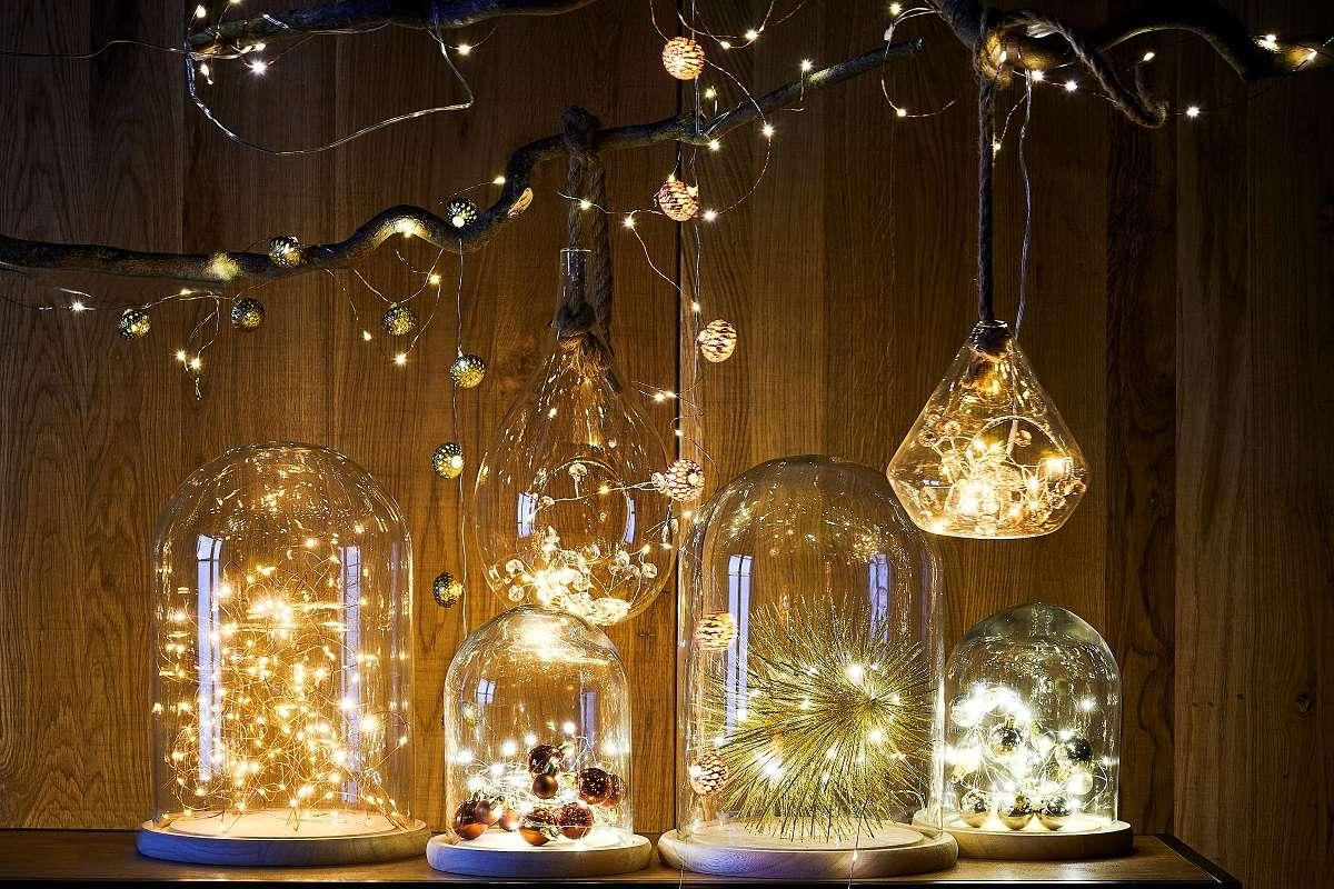 Árboles de Navidad y luces navideñas para un fin de año mágico 6