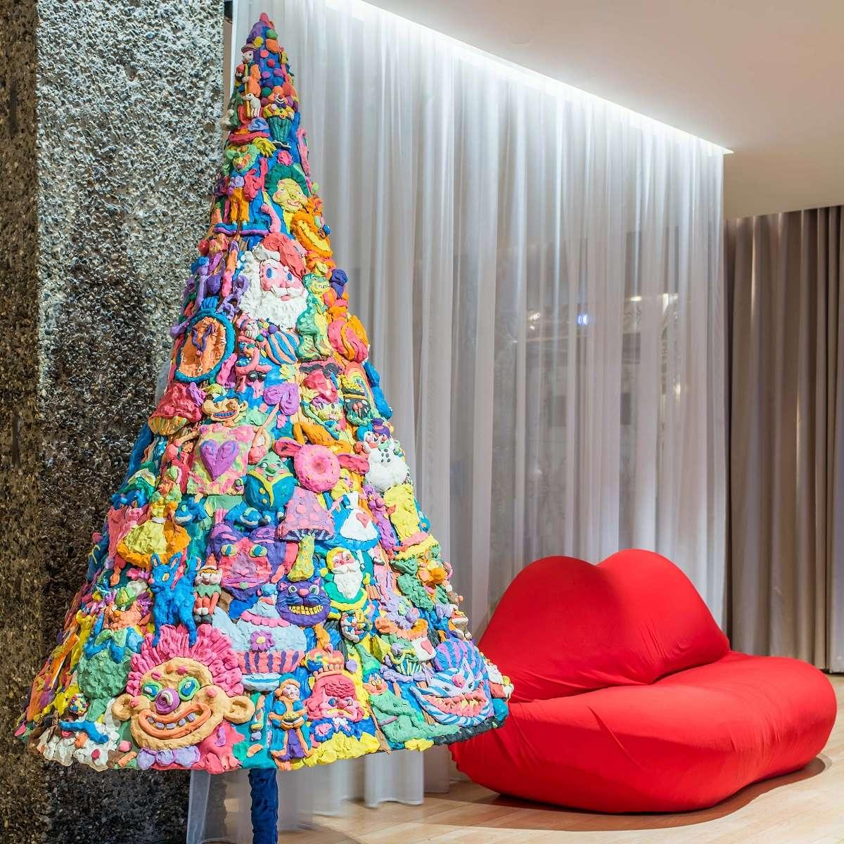 Originales y sorprendentes árboles de diseño para Navidad 7