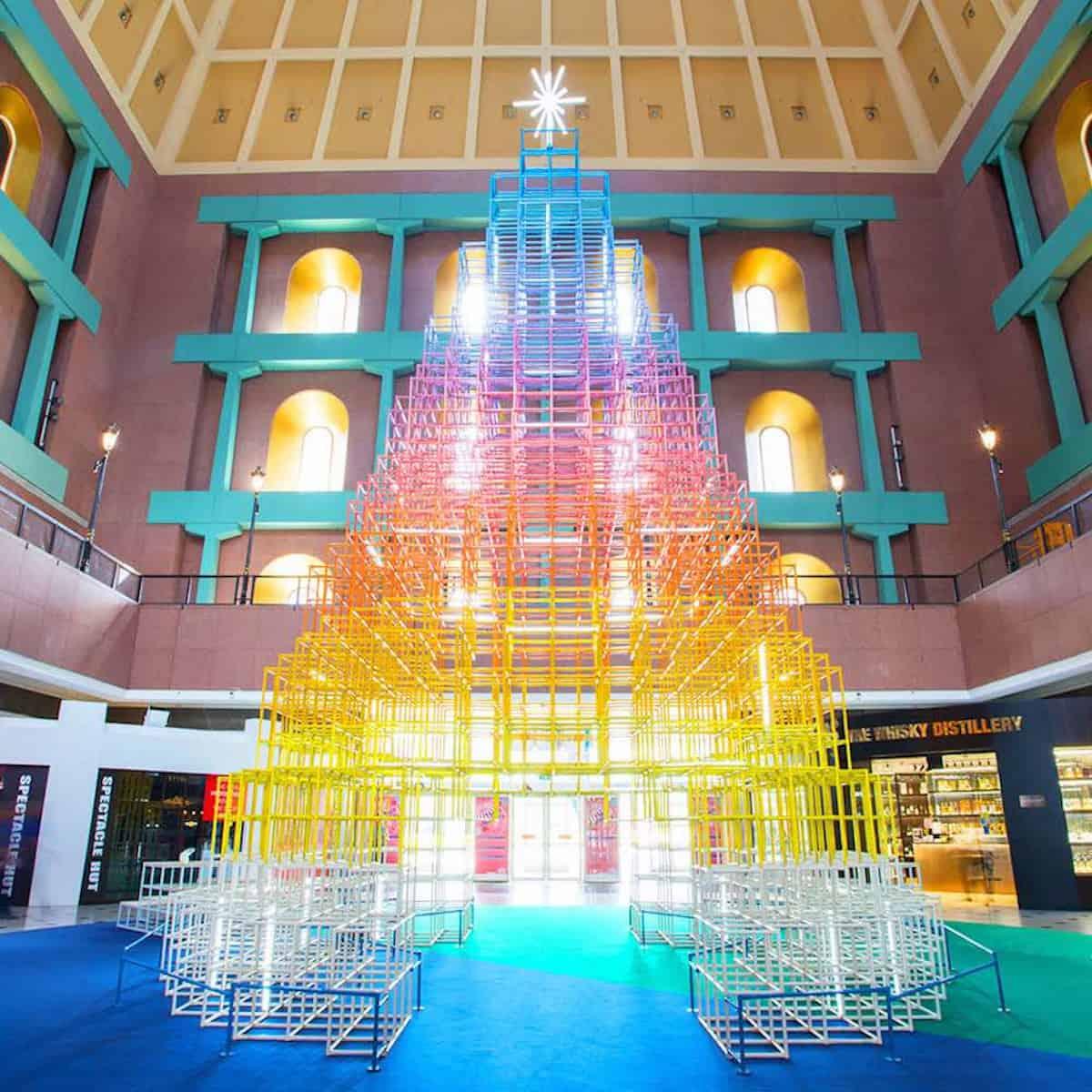 Originales y sorprendentes árboles de diseño para Navidad 6