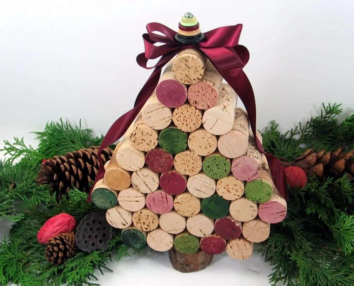Árboles de Navidad originales y caseros para decorar tu casa 6