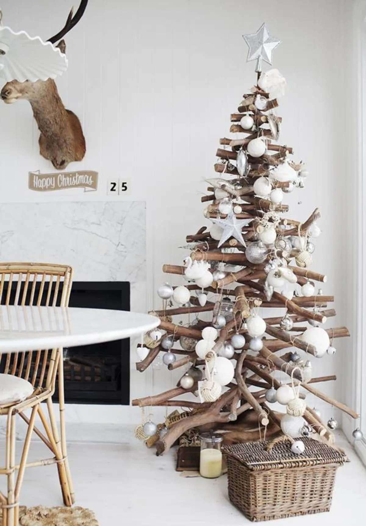 Árboles de Navidad originales y caseros para decorar tu casa 1