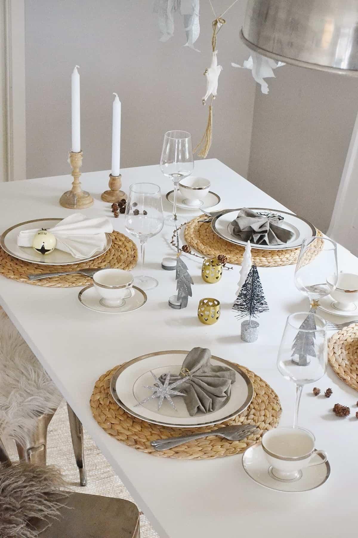 Cómo presentar una mesa de Navidad perfecta 13