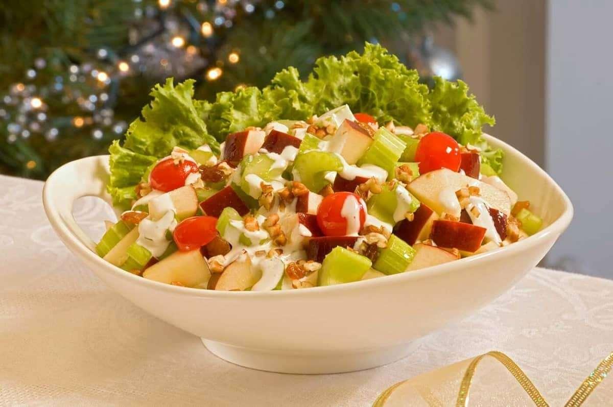 Recetas de ensaladas ligeras y saludables para Navidad 1